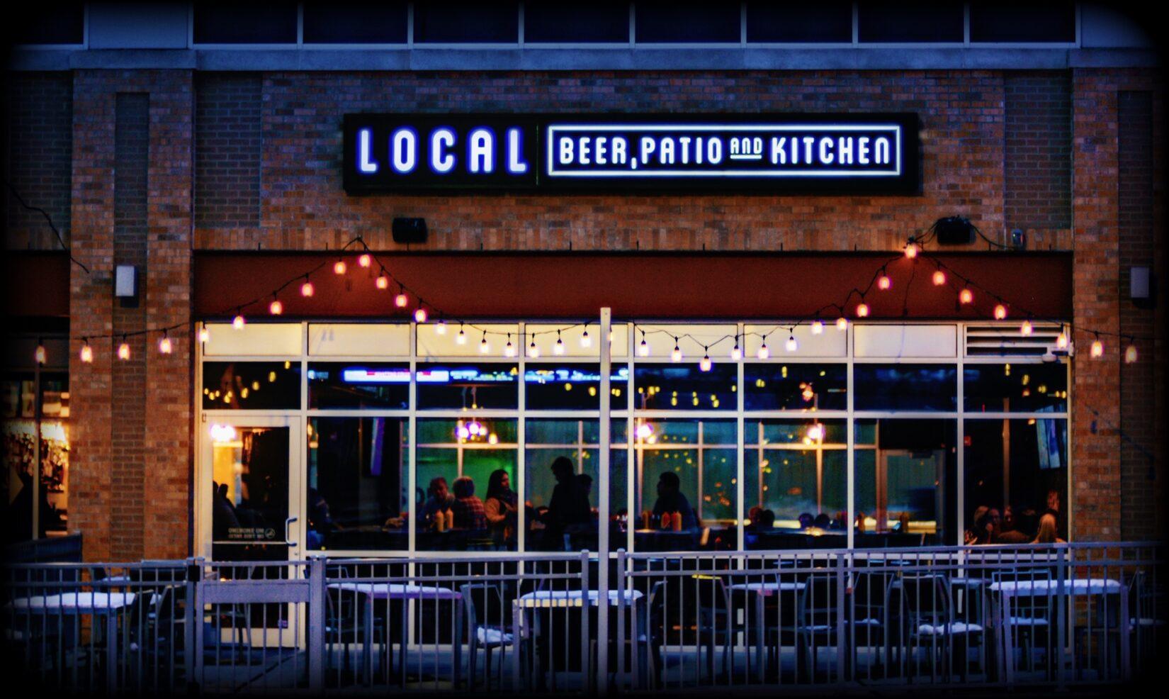 Market lighting on restaurant patio